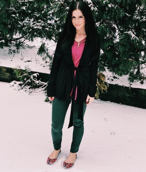 Blogger Katie Schuppler MAJAMAS Elina Hoodie_2-Way Tank.jpg