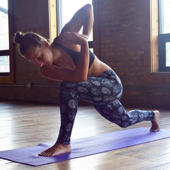 The Comfort Legging_Amaya_Yoga